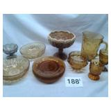SELECTION. OF GOLD GLASSWARE, 4 PLATES, 2 BOWLS