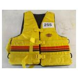 YELLOW STEARNS LIFE JACKET ADULT L-XL