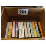 LOTS OF BOOKS BY NORA ROBERTS