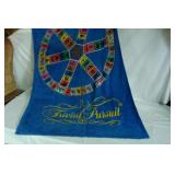 TRIVIAL PURSUIT TOWEL & GAME