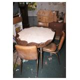 Nice Vintage Dinette Table & 4 Chairs