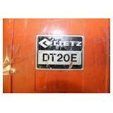 Lietz Electronic Digital Theodolite, Model Dt20e