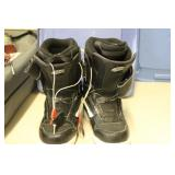 Blk/whi Vans Snowboarding Boots Size 12