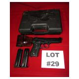 29- Beretta Model 92FS, 9mm, Parabellum, 2 clips