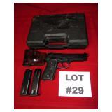 29- Beretta Model 92FS, 9mm, Parabellum, 2 clips