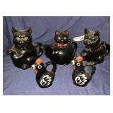 Ceramic Cat Creamers And Rooster Salt Shakers