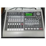 Roland Vs-840 Digital Studio Work Station