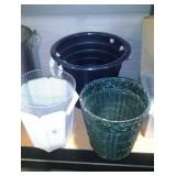 Waste Baskets And Tub