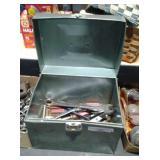 Metal Box/content