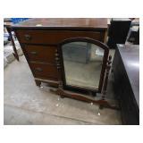 (3 drawer) dresser with mirror