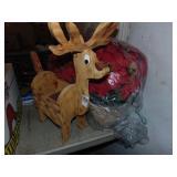 Wooden reindeer & poinsettia basket