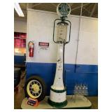 Sinclair Glass VIntage Gas Pump