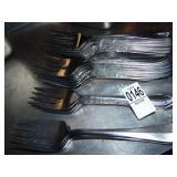 43 Large Forks