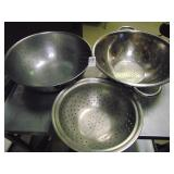 """13"""" and 10"""" Colanders 3 count"""