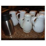 42 Oz. Insulated Beverage Server 7 count