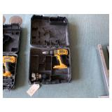Dewalt drill no battery or charger, extra tip