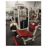 Life Fitness Leg Extension Machine