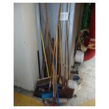 Brooms Shovels Dust Pans Scraper