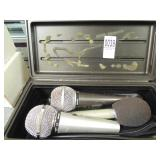 3 microphones