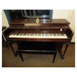 Lesger Piano