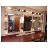 3-mirror set w/make-up lights