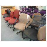 aprox 18 office chairs