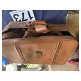 New Vista Luggage 4 piece set no visible damage