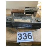 Radios (3)