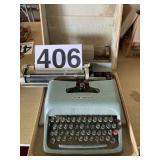 Typewriter Ollvetti Underwood