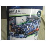YOUR ZONE FULL SIZE BEDDING SET