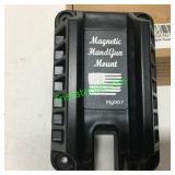 MAGNETIC HAND GUN MOUNT