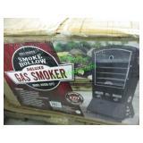 SMOKE HOLLOW DELUXE GAS SMOKER