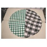"""2 , 54"""" Round Table Cloths, Black And Green"""