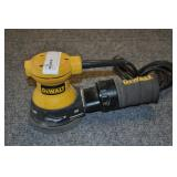 Dewalt Random Orbit Palm Sander