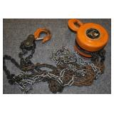 2 Ton Chain Hoist With Chains & Hooks