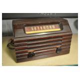 R C A Victor Tube Radio, Vintage C1940s