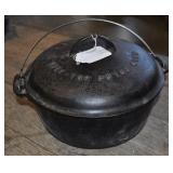 Griswold No 9 Tite Top Dutch Oven