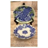 2 Pieces Asian Porcelain