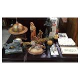 Group Assorted Decorative Items