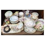 Collection of Porcelain Table Articles, Trinkets