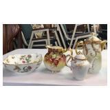 8 Pieces Porcelain