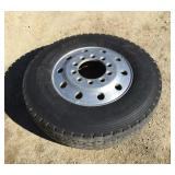 11 R 24.5 Aluminum Wheel and Tire Bud Style