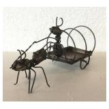 Ant w/ Carriage