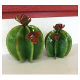 2 Cactus Balls