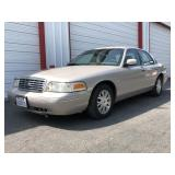2003 Ford Crown Victoria LX 82,076 Miles