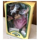 1984 Cabbage Patch Born in Spain (New in Box)