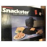 Snackster Sandwich Maker