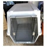 Hard Side Dog Crate 40in L x 30 in W x 30in H