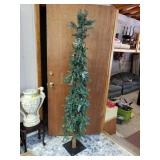 Beautiful pine cone pencil tree approx 6 feet