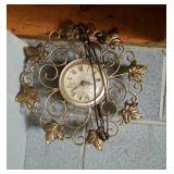 Vintage ivy scrolled electric clock